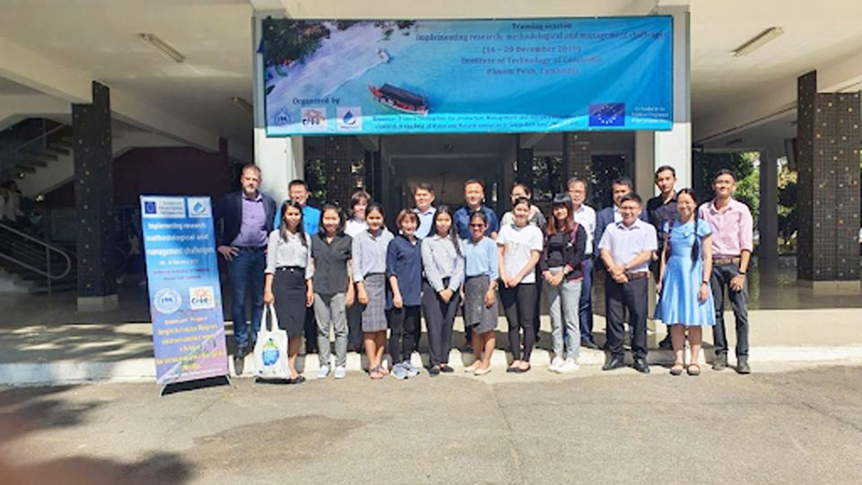 Implementing research: Methodological and management challenges (WP3/5) Training session at ITC Phnom Penh, Cambodia, December 16th-20th, 2019